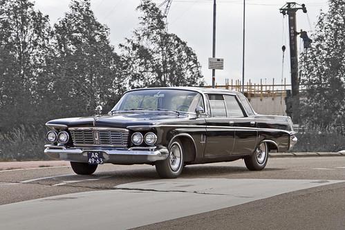 Imperial Crown Southampton Hardtop Sedan 1962 (model year 1963) (1672)