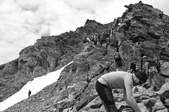 crowded_ridge (Max D. Machy) Tags: normale kolm rauris naturfreundehaus tauern kolmsaigurn kraxeln hohersonnblick zittelhaus goldberggruppe normalweg southeastridge wander3000er