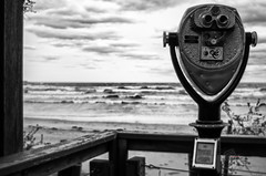 Beachview Vigil (_Matt_T_) Tags: bw beach weather burlington waves wind pentax explore lakeontario 137 niksilverefexpro2 k5iis autorikenon28mmf28ee