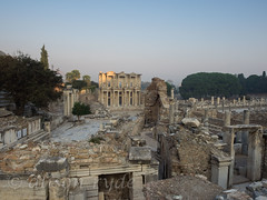 Great Ephesus - library of Celsus (alison ryde - back in town for now) Tags: world autumn vacation holiday beauty architecture turkey october ruins library turkiye oldbuildings september traveller explore voyager seeker ephesus celsus phototrip classicalworld turchia romanruins turkei 2015 ancientworld emilywilson libraryofcelsus worldtraveller asianturkey curetesstreet olympuscameras alisonryde olympusem1 jongreengo