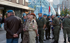 2015_09_18_7308 (Edwin Heefer) Tags: people freedom respect streetphotography eindhoven ww2 operationmarketgarden liberated 2015 18september 18septemberplein