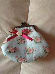 Bolsinha com fecho da vovó (ceciliamezzomo) Tags: floral vovo handmade da patchwork flowered fecho