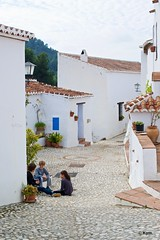 Acebuchal (Kym.) Tags: street people house walking spain alley village walk valley andalusia andalucia acebuchal