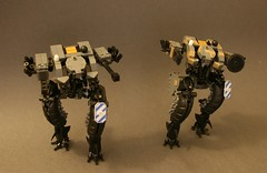 The Twins (Dryvvall) Tags: vertical robot tank walker mecha strider