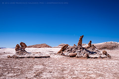 Las Tres Marías (josefrancisco.salgado) Tags: 2470mmf28g atacamadesert chile d5 desiertodeatacama luna moon nikkor nikon provinciadeelloa reservanacionallosflamencos valledelaluna valleyofthemoon desert desierto iiregióndeantofagasta lastresmarías