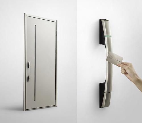 次世代玄関ドア「スマートドア」の写真