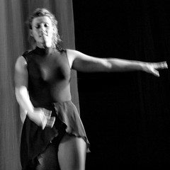 Dancing Youth  20110325.3597 (Lieven SOETE) Tags: life brussels people woman art female moving donna dance movement mujer arte dancing belgium belgique body feminine danza kunst femme mulher young bruxelles danse movimiento menschen personas persone corps tanz bewegung bruselas mulheres frau dana belgica personnes jvenes corpo junge mouvement joven belgien cuerpo  jeune    weiblich    2011 krper  fminine   femminile   femminilit  femeile