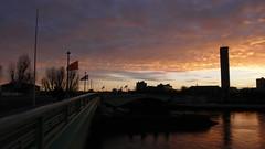 Rouen - Soleil couchant sur la Seine (jeanlouisallix) Tags: rouen seine maritime haute normandie france paysage landscape panorama soleil couchant sunset rivière fleuve eau reflets réflexion