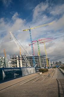 Cranes at Greenwich Peninsula