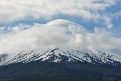 Volcán Osorno /Osorno Volcano (Javiera C) Tags: petrohué chile parquenacional nationalpark paisaje landscape nature naturaleza cielo sky clouds nubes volcán volcano nieve snow montaña mountain cumbre cima summit