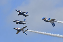 Kawasaki T-4, 11th SQ. Blue Impulse, JASDF. (miyataka_jp) Tags: ブルー ブルーインパルス 百里 百里基地 航空祭 空自 航空自衛隊 自衛隊 川崎 川重 川崎重工