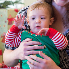 85.1.8.HC.AuntsEmbrace (CurtisGrindahl) Tags: 2016christmas ansel claire janet jesse margot pam sarah