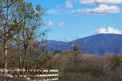 snow in the distance (Robert Borden) Tags: landscape snow mountains january northamerica usa westcoast west southwest california socal santaclaritat la losangeles hills hiking snowinthedistance canon canonphoto canonrebel