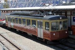 Triebwagen Be 4/4 Nr. 31 der BLM Bergbahn Lauterbrunnen – Mürren mit Taufname Lisi ( Baujahr 1966 - Hersteller SWS MFO - Ex OJB und ASM - Schmalspur Meterspur ) am Bahnhof Mürren BLM im Kanton Bern der Schweiz (chrchr_75) Tags: albumzzz201703märz märz 2017 hurni christoph chrchr chrchr75 chrigu chriguhurni schweiz suisse switzerland svizzera suissa swiss kantonbern bern kanton hurni170316 albumbahnenderschweiz201716 albumbahnenderschweiz schweizer bahnen eisenbahn bahn blm bergbahn lauterbrunnen mürren berner oberland schmalspur schmalspurbahn meterspur