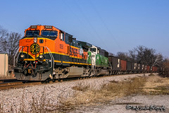 BNSF 1055 | GE C44-9W | BNSF River Subdivision (M.J. Scanlon) Tags: bn bnsf bnsfrailway burlingtonnorthernsantafe burlingtonnorthernsantaferailway burlingtonnorthern emd ge turrell arkansas thayersouthsub riversub river junction bnsf9245 bnsf1055 bn9245 bnsf8145 bnsf1425 sd60m c449w usembir020 usembir0 sembir unit engine locomotive signal light rail railroad railway train track power horsepower scanlon canon eos digital freight transportation merchandise commerce business haul outdoor outdoors move mover moving