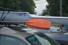 Anglų lietuvių žodynas. Žodis sculler reiškia n  irkluotojas 2 dviirklė valtis lietuviškai.