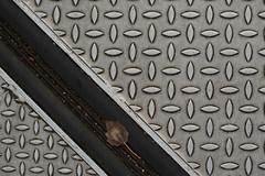 checkered plate (lumofisk) Tags: bridge leaf outdoor fuge down joint riffelblech 105mm flloor 0mmf0 checkeredplate nikondf brückenstos