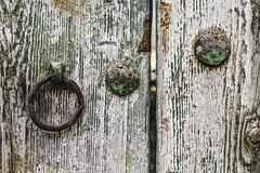 Trazas del pasado (Ignacio M. Jiménez) Tags: sanlorenzo madera wood puerta door hierro iron viejo old ubeda jaen andalucia andalusia españa spain ignaciomjiménez