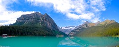 Panoramica Louise Lake (CANNIVALS) Tags: travel viaje mountain lake canada color water colors trekking 35mm landscape lago agua sony paisaje alberta panoramica rockymountain banff fullframe montaa aventura rocosas aventure turquesa ilce louiselake 7r lasrocosas lagolouise pnbanff