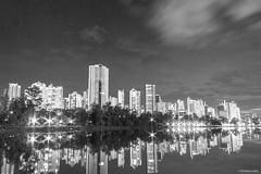 Londrina (Vinicius_Ldna) Tags: city brazil lake night canon lago noturna 1855 parana londrina igapo 7365 glebapalhano