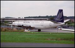 G-APES - London Luton (LTN) 23.07.1993 (Jakob_DK) Tags: cargo 1993 vanguard vickers abr ltn londonlutonairport huntingcargo eggw vickersvanguard huntingcargoairlines vickersvanguard953c