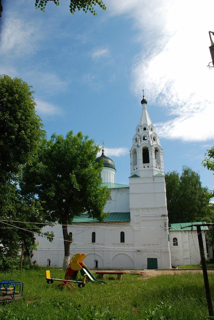 фото: Дворовая церковь