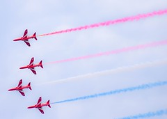 The Red Arrows (db2810) Tags: airplanes british airforce redarrows raf aeroplanes sunderland sunderlandairshow