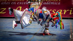 One hand (Martín Córdova Japay) Tags: blue red black peru colors hat yellow dance lima dancer scissors tradition ayacucho huancavelica apurímac