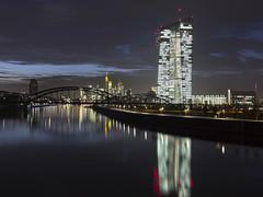 Frankfurt Nightshot (Rene Stannarius) Tags: skyline nightshot frankfurt main citylights spiegelung ostend neue blaue mainufer osthafen zentralbank stunde europische