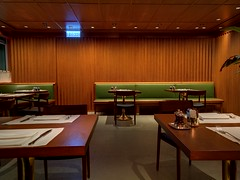 Dining space (A. Wee) Tags: cathaypacific 国泰航空 机场 airport hkg hongkong 香港 china 中国 thepier lounge