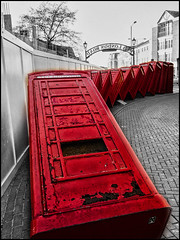 2017-018 Out Of Order (Darren Wilkin) Tags: oneaday kingstonuponthames 365 outoforder sculpture phoneboxes selectivecolour grunge