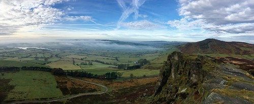 Tittesworth & the Roaches from Hen Cloud, Staffs