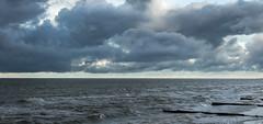 Море (klgfinn) Tags: balticsea breakwater cloud coast landscape sea shore sky skyline storm water wave winter балтийскоеморе берег вода волна волнолом волнорез горизонт зима море небо облако пейзаж шторм
