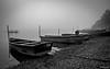 Les barques dans la brume (Fréd.C) Tags: brume barque lac stpoint doubs noiretblanc black white water lake eau chain stone plage