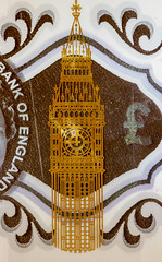 Golden Big Ben (Kyoshi Masamune) Tags: macrophotography coin banknote closeup pound money sterling fiver fivepound bigben polymer