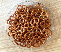 2017: Pretzels #1 (dominotic) Tags: 2017 pretzel snack food salty iphone6