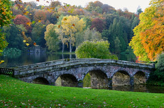 Autumn Colours at Stourhead (janroles) Tags: bridge season fall october canoneos400d flickr nationaltrust landscape england wiltshire leaves plants trees nature lake colour serene reflections foliage water colours autumn