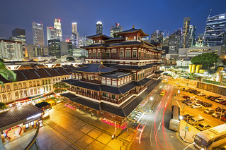 Buddha Tooth Relic temple in Singapore by night