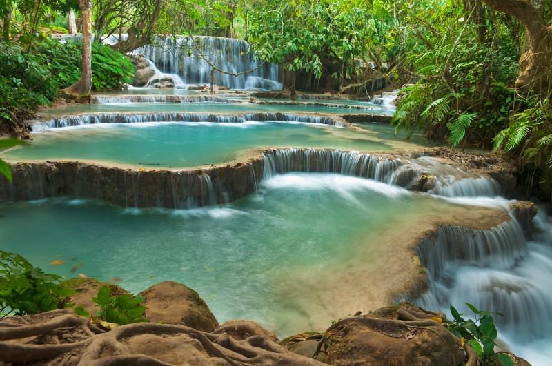Kuang-Si-Waterfall-Luang-prabang-Laos-800x531