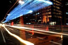 Grande São Paulo (Taís Figueiredo) Tags: city light cidade bus luz night amor centro noite panting paulista lightpanting