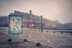 The Core of Mystery (Au centre du mystre) (Gilderic Photography) Tags: city mist fog mystery lumix place belgium belgique belgie map panasonic palais liege brouillard ville brume gilderic lx3 dmclx3