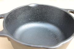 IMG_3667 (cranksoutdoors) Tags: lodge 鍋 ダッチオーブン ロッジ 鋳物
