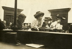 Christabel Pankhurst, Flora Drummond and Emmeline Pankhurst in court, 1908.