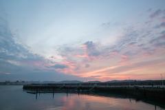 Sueña (Dream) (Dibus y Deabus) Tags: city sunset sky españa clouds canon atardecer spain gijón ciudad asturias cielo nubes gijon 6d puertodeportivo sportport