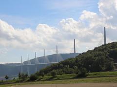 20140910 Aveyron Millau - Le viaduc (anhndee) Tags: france frankreich millau viaduc aveyron midipyrnes viaducdemillau