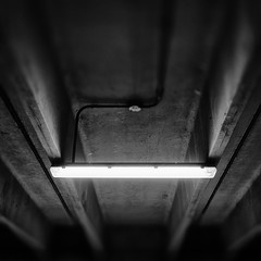escape (Jerome Olivier) Tags: concrete parkinglot beam beams fluorescentlight