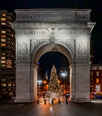 Holidays in NYC (Jeffrey Friedkin) Tags: jeffreyfriedkinphotography new york nyc washington square park arch architecture scene buildings 5th avenue christmas holidays empirestatebuilding