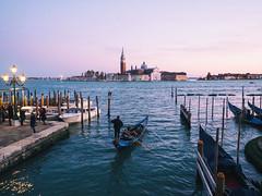 Tramonto a Venezia (Brunella Pastore) Tags: venezia venice travel viaggio tramonto sunset