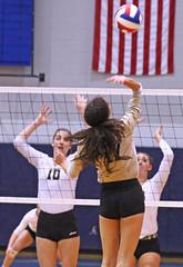 IMG_8130 (SJH Foto) Tags: girls volleyball high school york delone catholic team teen teenager net battle spike block action shot jump midair