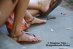 IMG_8376 (sdttds) Tags: feet barefeet arches soles toes pretty sexy beautiful fuesse füse pies wawae pieds フィート腳 ноги miguu ฟุต chân delightful gorgeous strappy sandals shoes footwear tstrapsandals
